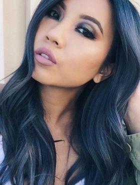 Denim hair: 10 fotos de cabelos com a tonalidade azul que faz sucesso no Instagram