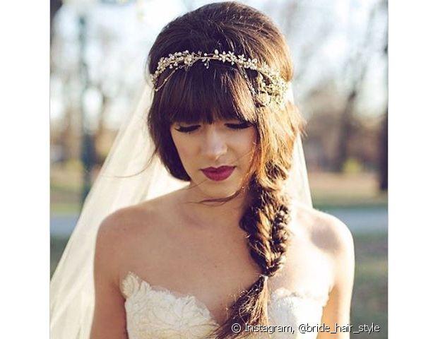 Casamentos já deixam um clima todo amoroso no ar. Para as noivinhas sonhadoras, as tranças formam o look ideal