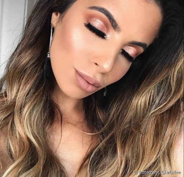 Não pinte a sobrancelha com a coloração de cabelo, prefira tingir com henna