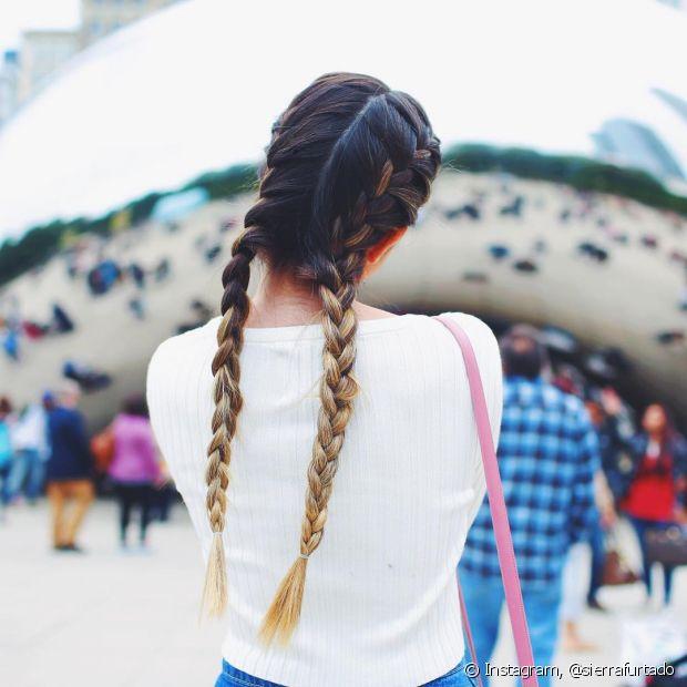 A trança boxeadora é estilosa e fica perfeita em cabelos longos!