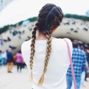 Penteados para cabelos longos e lisos: 4 estilos para você usar no dia a dia