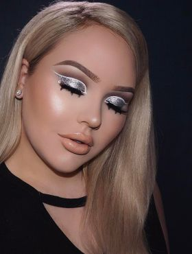 Sombra metalizada: saiba como investir na maquiagem e se jogar no brilho