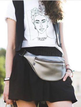 Como usar pochete feminina? Dicas para fazer looks estilosos com a peça!
