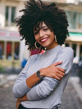 Expectativa x realidade: confira os 5 dilemas na vida de quem tem cabelos cacheados e crespos