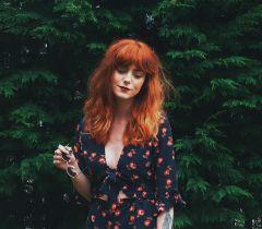 Se você possui os fios claros ou castanho claro, para chegar no cabelo vermelho não é necessário descoloração