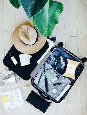 Como desfazer as malas de viagem sem preguiça? Dicas para se organizar