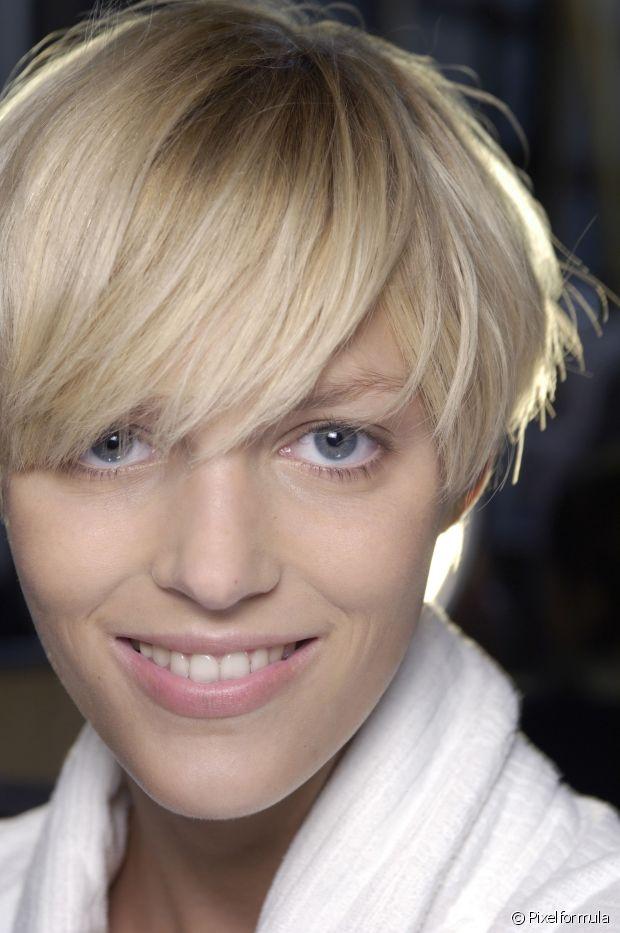 O corte de cabelo pixie cut é prático, versátil e sensual