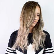 Ombré hair loiro: veja 10 fotos da técnica que ilumina o visual sem precisar pintar todo o cabelo