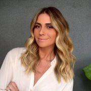 Shampoo roxo para cabelos loiros: para que serve e como usar o produto nos fios claros