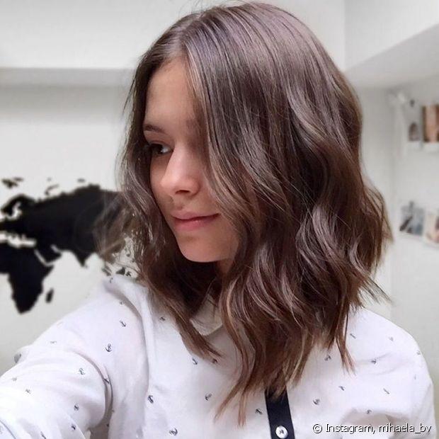 Preferência Sou baixinha, qual o melhor corte de cabelo para mim? Confira os  IW03