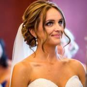 Mês das noivas: inspire-se em 10 penteados clássicos para o dia do seu casamento