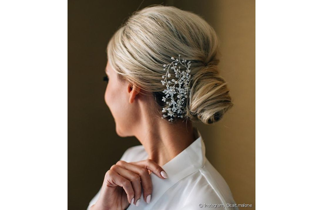 Se o seu cabelo for muito curto, aposte nas presilhas ao fazer um coque, para manter os cabelos totalmente presos