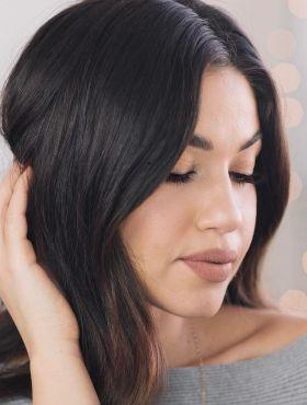 Esfoliação do couro cabeludo com açúcar e babosa: aprenda o passo a passo da receita para limpar profundamente os fios
