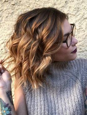 Mechas loiras em cabelos curtos: 10 fotos para você se inspirar no visual