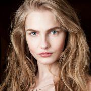 Como conseguir um loiro perfeito? Veja 5 dicas para arrasar na escolha dos cabelos claros