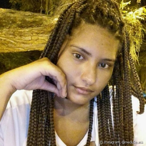 Thayza colocou as box braids para ajudar no crescimento das madeixas