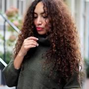 Saiba quais são os cortes ideais para reduzir o volume dos cabelos crespos e cacheados
