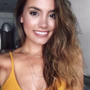 Verão sem neuras: aposte na cauterização capilar com a queratina líquida e fique longe dos cabelos danificados e opacos