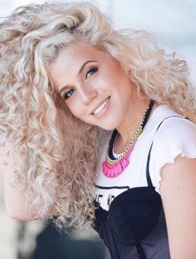 5 perfis de Instagram de cabelos loiros incríveis para seguir já!