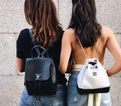 Escolha as minimochilas, caso realmente não consiga escolher entre a bolsa ou a mochila