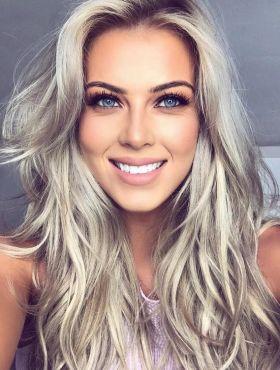 Banho de brilho para cabelos loiros: aprenda o passo a passo da receita para valorizar os fios claros