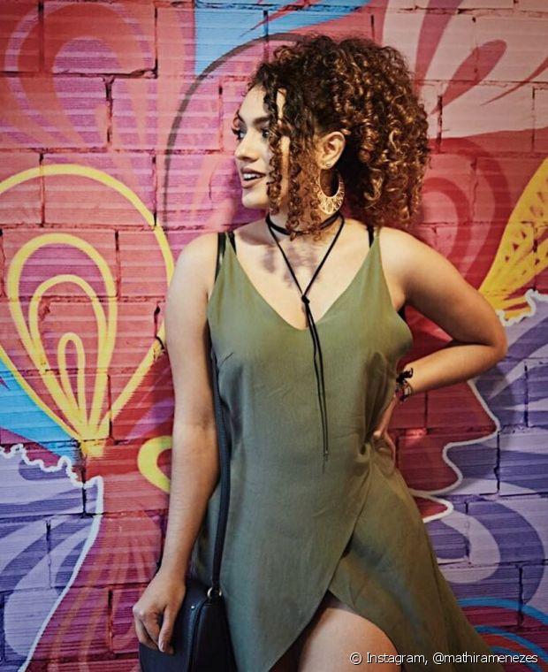 O rabo de cavalo estiloso da nossa diva Mathira Menezes mostra que os penteados mais casuais também podem ficar sofisticados