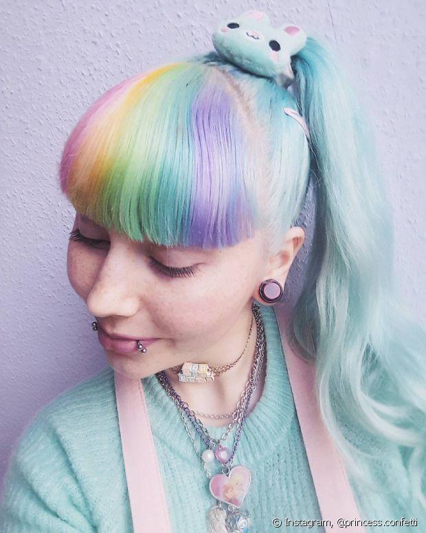 Os cabelos multicoloridos viraram tendência!