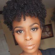 Cabelo curto com franja: bob hair, pixie, em camadas e outros cortes de cabelo para apostar com o estilo