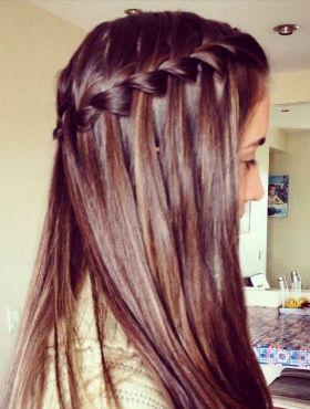 Trança cascata em cabelo castanho: aprenda o passo a passo para fazer o penteado + 10 fotos para inspirar!