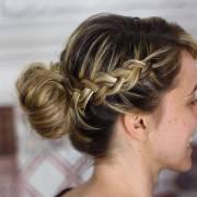 5 penteados simples e práticos para você fazer no cabelo para o dia da sua formatura!