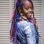 Carmen Lúcia investe nas box braids para não fazer Big Chop durante a transição capilar : 'Quero ver meu black para o alto'