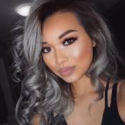 Granny Hair: confira mais de 50 fotos de cabelos cinzas e inspire-se para apostar na tendência!