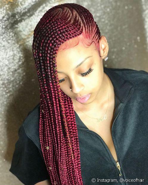 Com os cabelos sintéticos coloridos, as lemonade braids ficam ainda mais estilosas