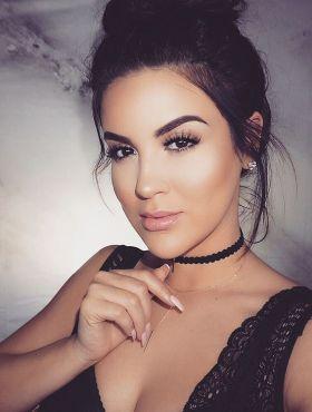 Maquiagem perfeita para tirar selfie: dicas para você arrasar na hora fazer a foto!