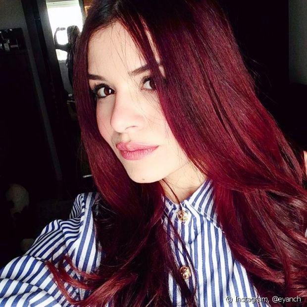 Extremamente Como escurecer o cabelo vermelho? Evite manhas ao mudar a cor dos fios JF93