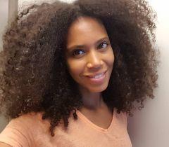 Cuide do couro cabeludo, pois ele é o responsável pelo crescimento dos cabelos crespos