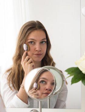 Pincel oval de maquiagem: para que serve cada um na hora de fazer a pele?