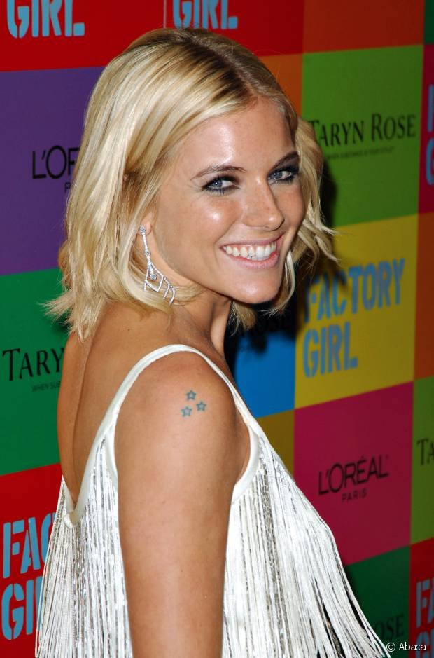 Sienna Miller já investiu em diversas tonalidades loiras