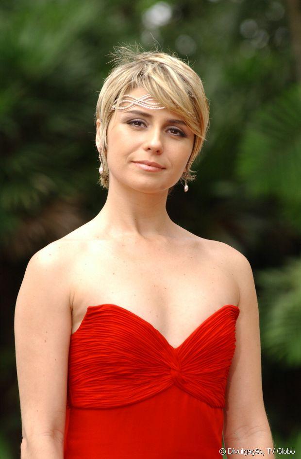 Giovanna Antonelli mostra que não tem problema em mudar para suas personagens. Em 'Da Cor do Pecado', a atriz investiu no corte pixie