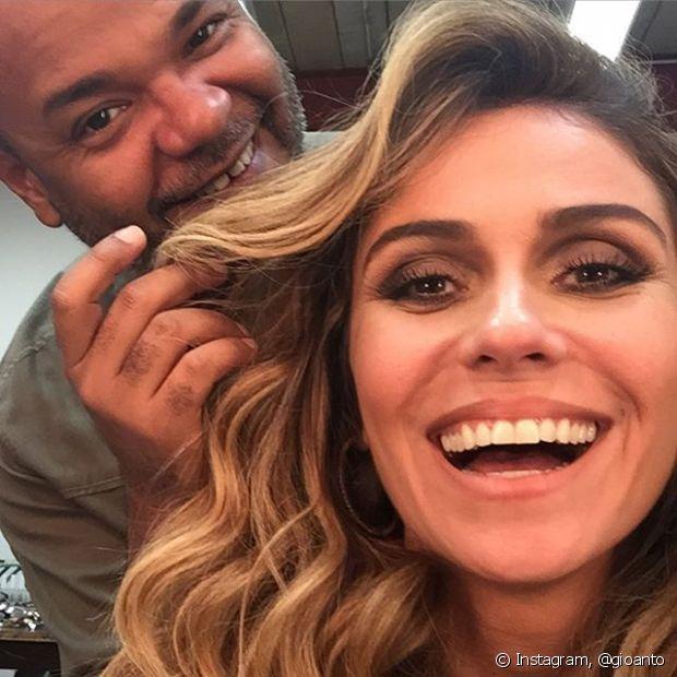 Giovanna Antonelli faz penteados com Alê de Souza, Expert de Beleza Niely