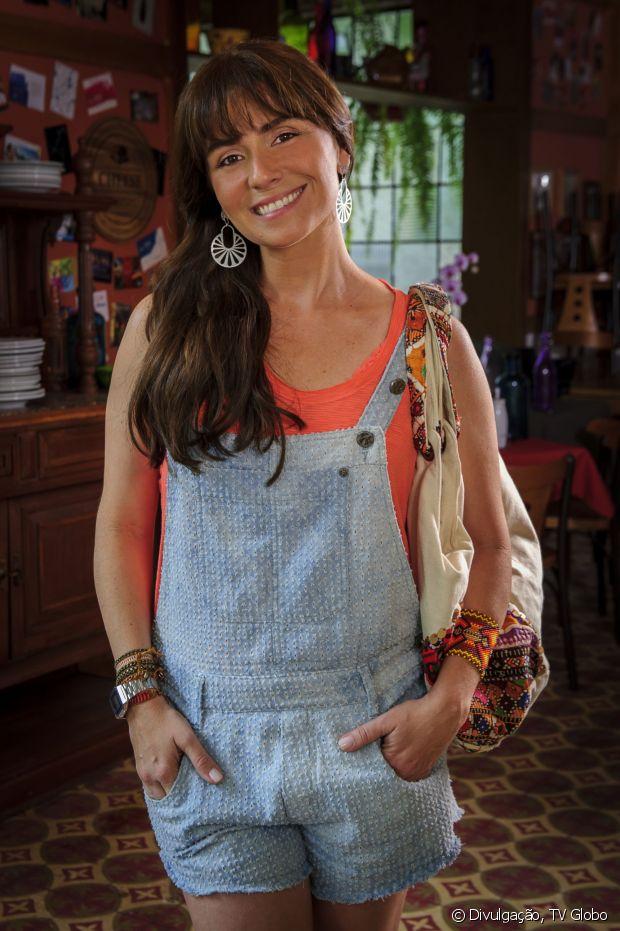Giovanna Antonelli ficou linda de franjinha para 'Em Família' (2014), não acham?