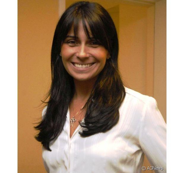 Antes de interpretar Clara, na novela 'Em Família', Giovanna Antonelli também já tinha apostado na franjinha em 2009