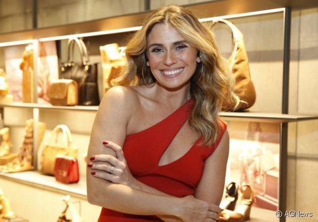 Os cabelos de Giovanna Antonelli sempre ficam entre os mais pedidos do CAT, Central de Atendimento ao Telespectador, da TV Globo