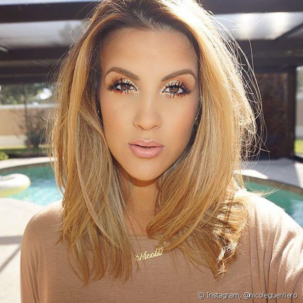 Faça a cauterização capilar depois de colorir os cabelos de loiro e recupere a saúde dos fios