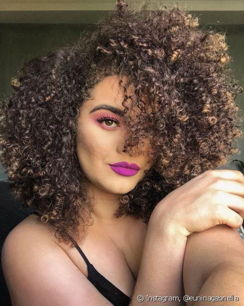 Quem também estará na Beauty Fair é a cacheadíssima Nina Gabriella