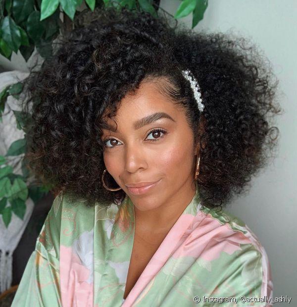 Para as divas que amam o cabelo mais leve, a dica é investir na técnica LOC (Foto:Instagram,@actually_ashly)