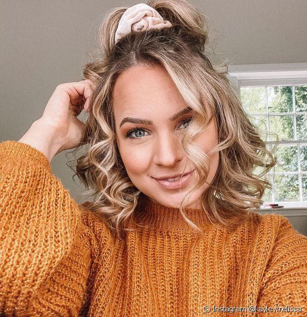 O penteado semipreso é um dos favoritos para as donas de cabelo médio. Confira mais ideias! (Foto: Instagram @kayleymelissa)