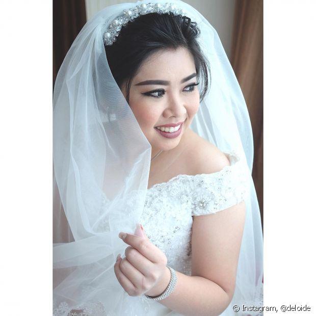 De todos os acessórios de noiva possíveis, o queridinho entre eles é mesmo o véu. É mais versátil!
