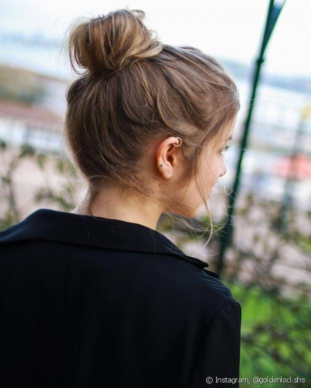 Aqueles elásticos que tem metal ou os de silicone, tendem a quebrar mais o cabelo