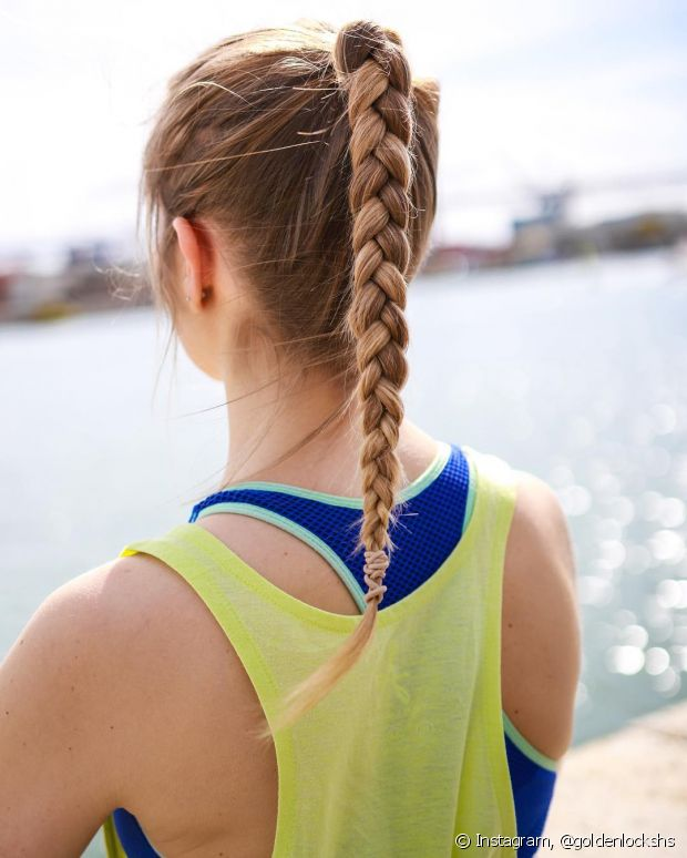 Se no seu trabalho é necessário que seu cabelo esteja amarrado, basta ter cuidado ao prender